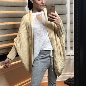 """Sweaters - 🔥 SNUGGLE """"cream"""" Open Front Knit Cardigan"""